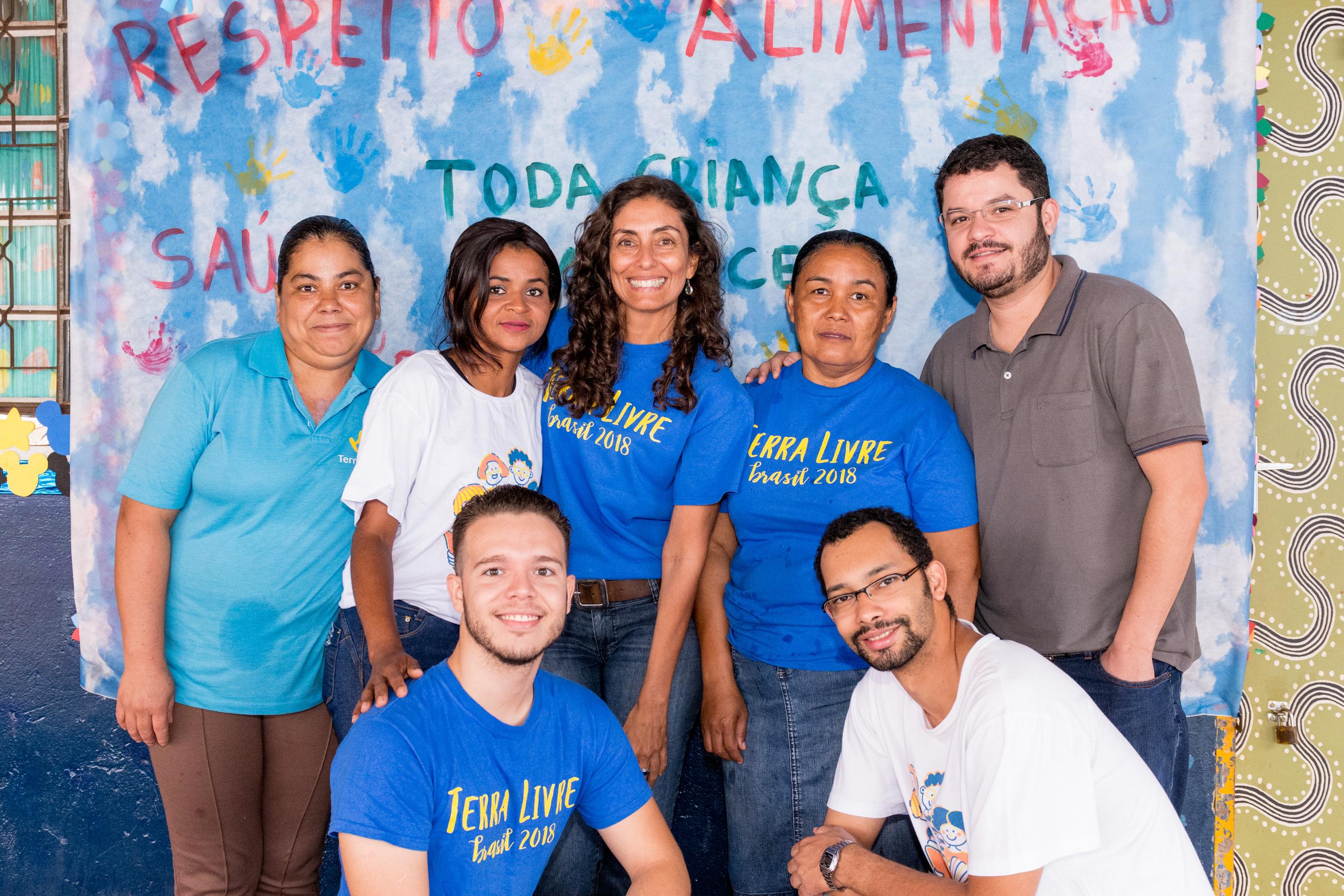 Foto da equipe da ONG ONG Terra Livre