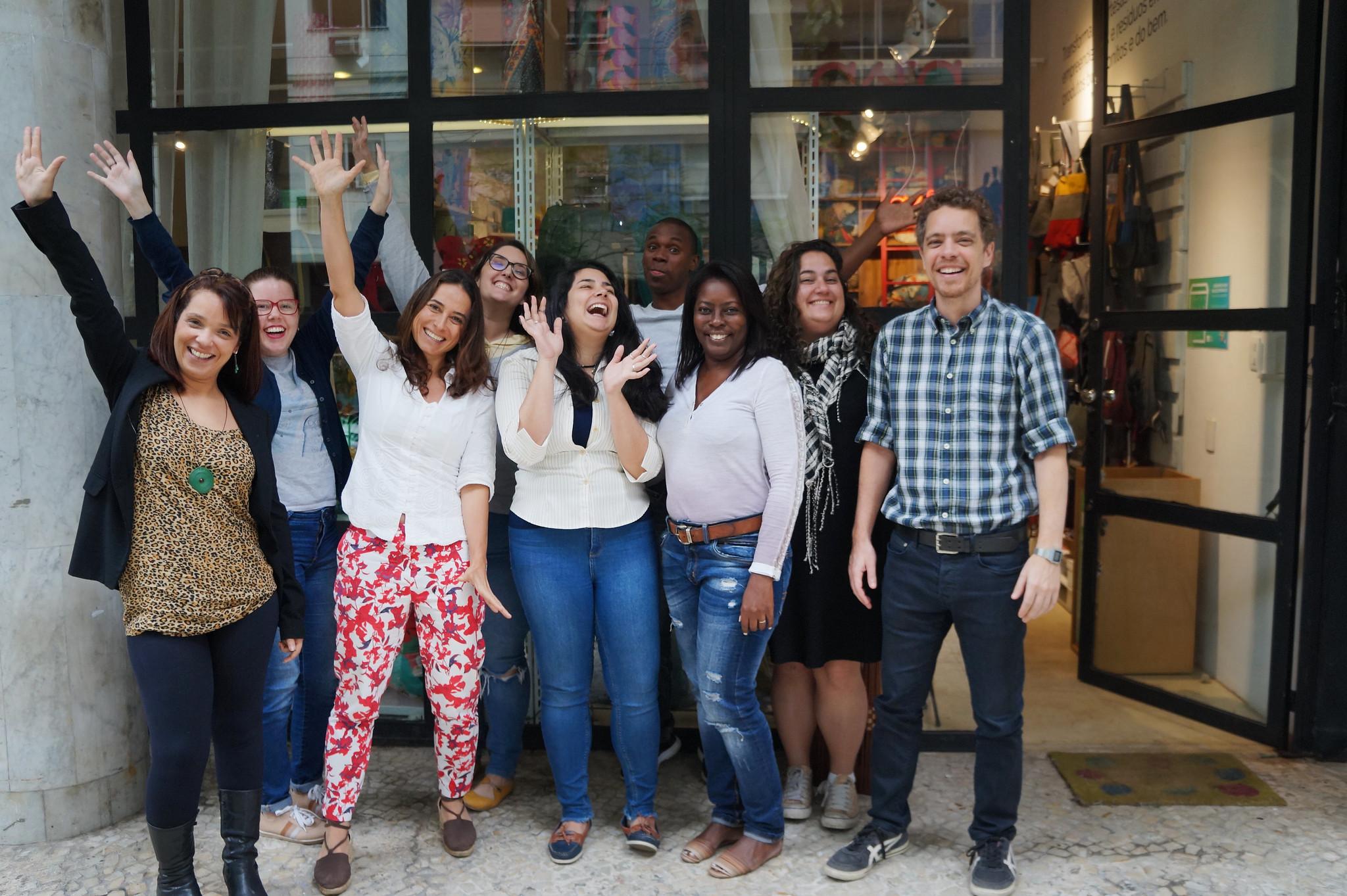 Foto da equipe da ONG Rede Asta