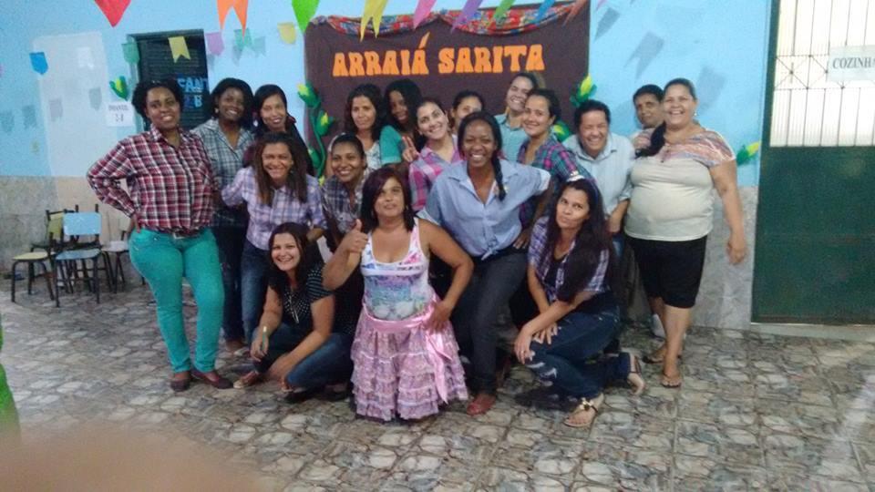Foto da equipe da ONG sarita-centro comunitário de santa rita
