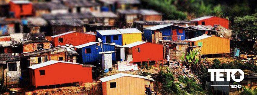Foto da equipe da ONG TETO - Brasil