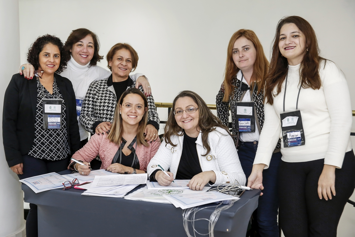 Foto da equipe da ONG Instituto Vidas Raras