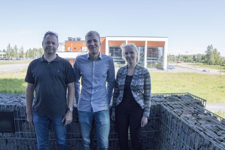 Tapio Hellman, Hannes Zottmann ja lehtori Paula Lehtisaari