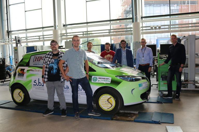 The drive with the e-car took the four-man-team all the way (2350 km) from Ansbach UAS to SeAMK.