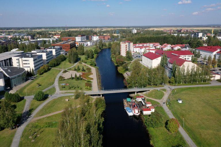 Frami Kampus Seinäjoen jokirannassa