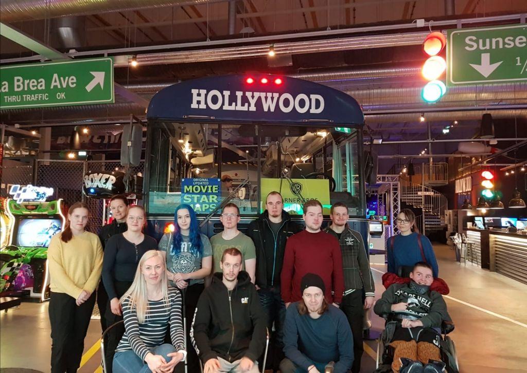 Kuva nuorten ryhmästä
