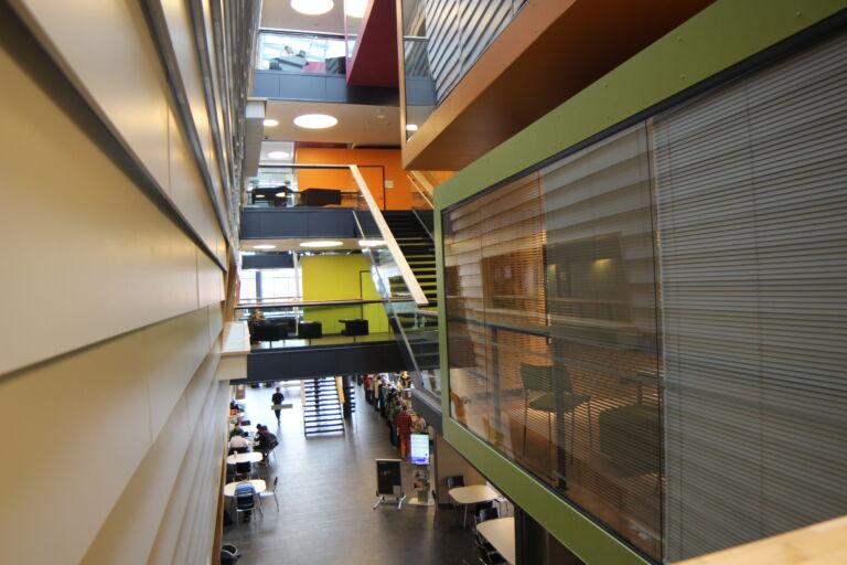 Näkymää Frami F-rakennuksen toisesta kerroksesta