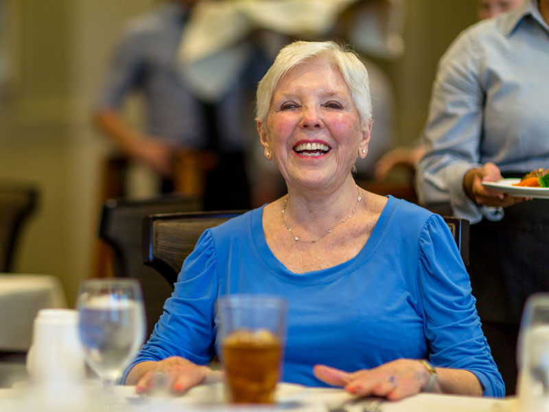 Dining at Sedgebrook senior living