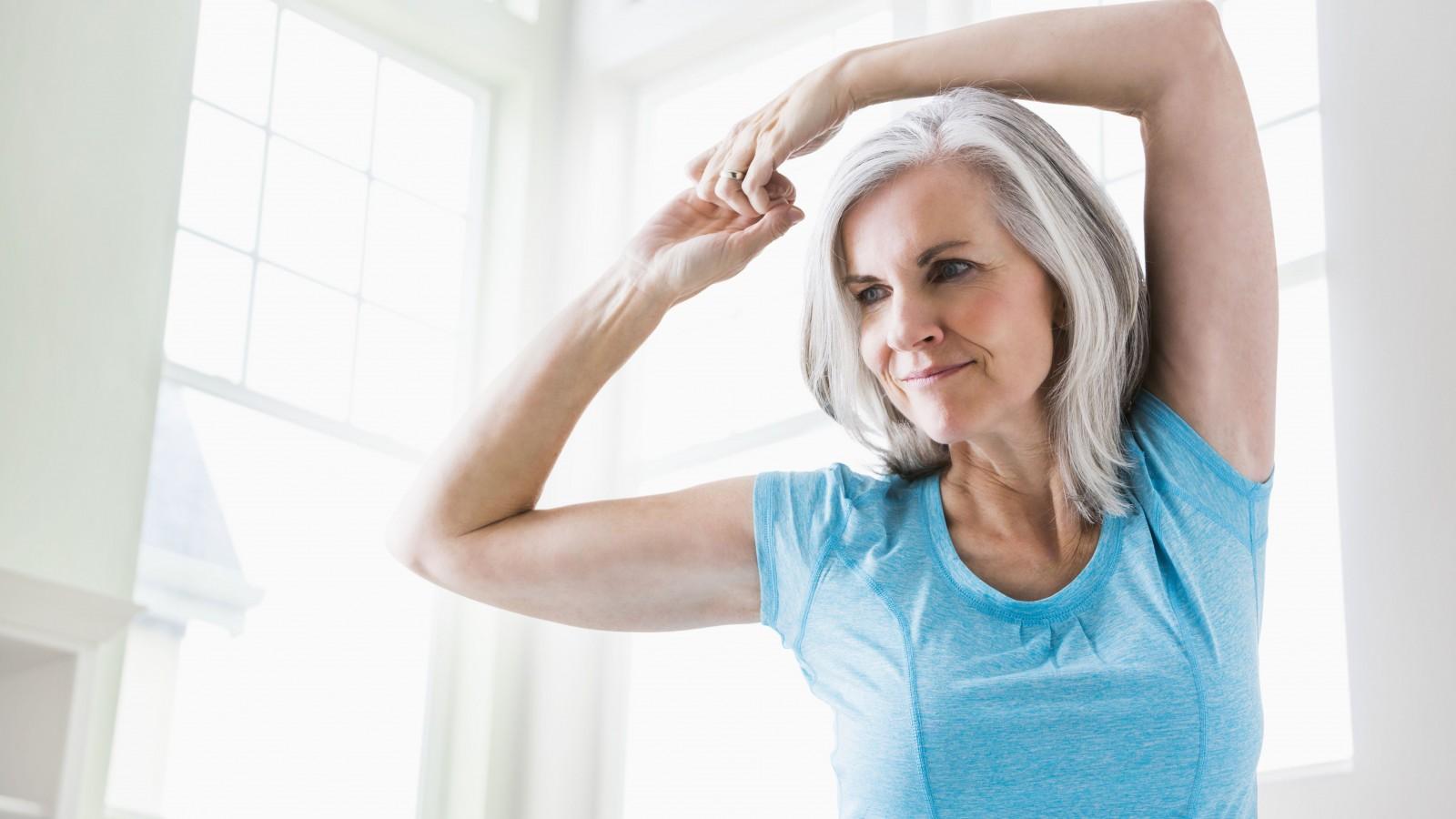 ما هي فوائد تمارين الذراع بعد جراحة الثدى