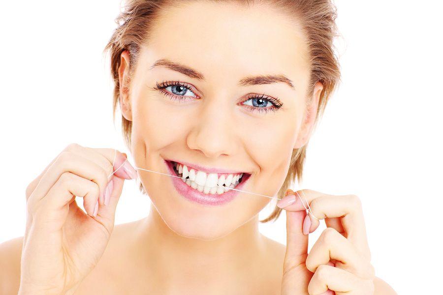 Nitka dentystyczna - Twoja sojuszniczka.