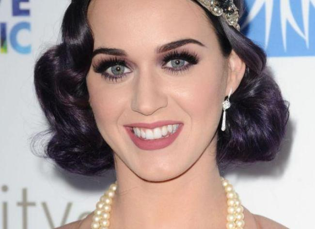 Makijaż w stylu Hollywood1