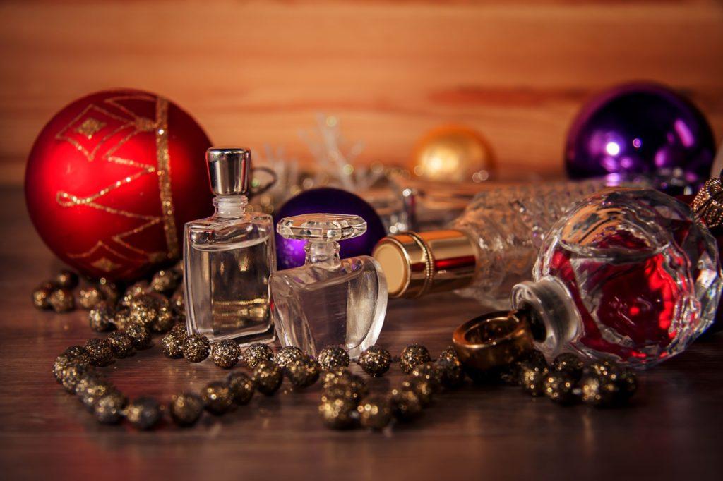 Prezent na Święta: zestawy perfum