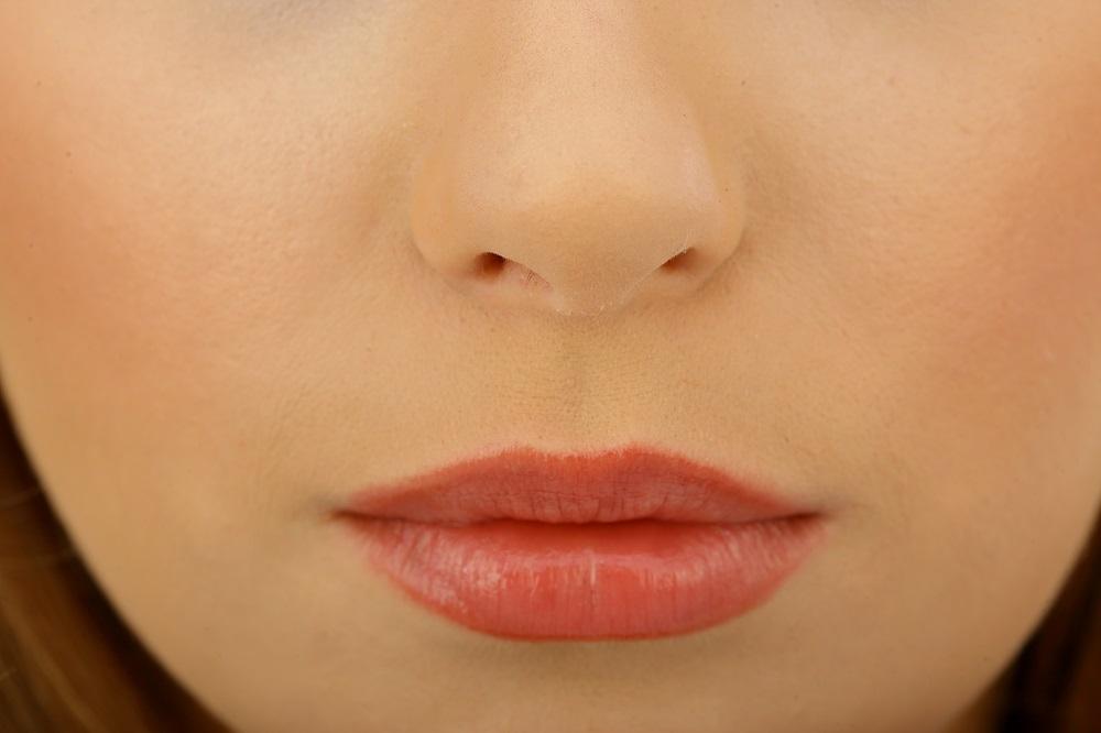 Wybieramy ciekawe kosmetyki do pielęgnacji ust