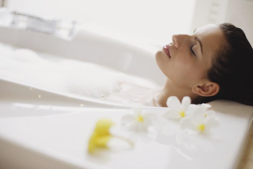Aromatyczna kąpiel czy energetyczny prysznic?