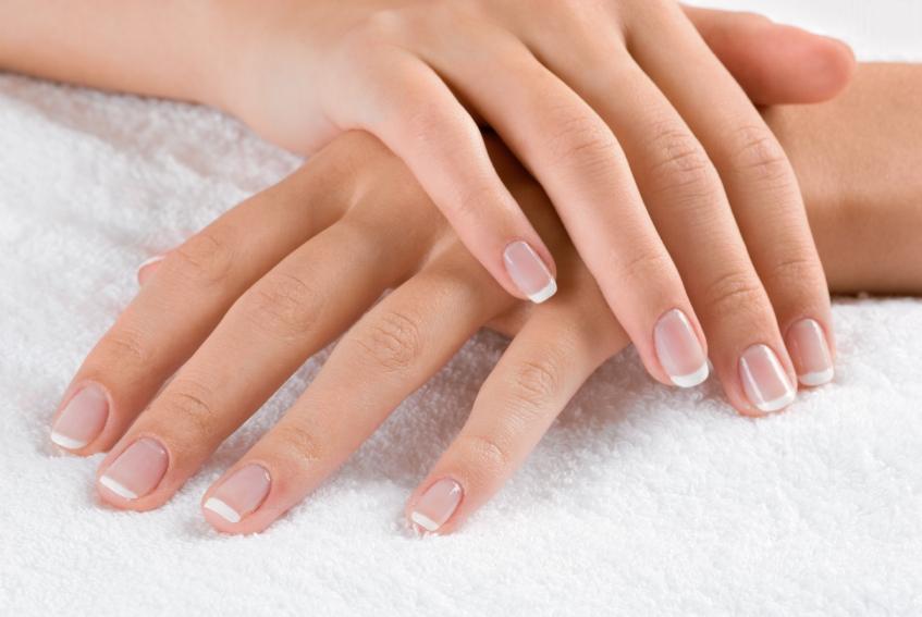 Najważniejsze zasady domowej pielęgnacji paznokci