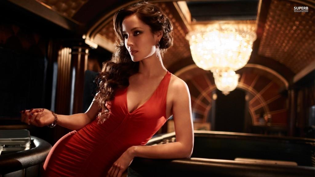 Eleganckie perfumy na wieczór – wyglądaj kobieco i drapieżnie!