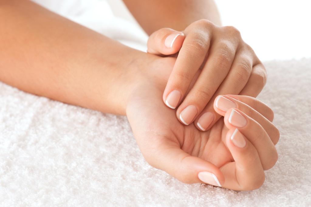 Zabiegi pielęgnacyjne dłoni