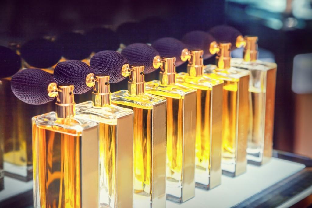 Najlepsze zapachy Karla Lagerfelda dla niej i dla niego