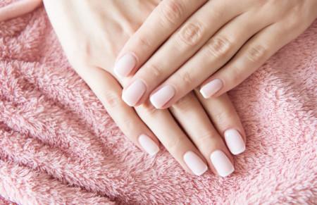 Najczęściej popełniane błędy podczas domowego manicure