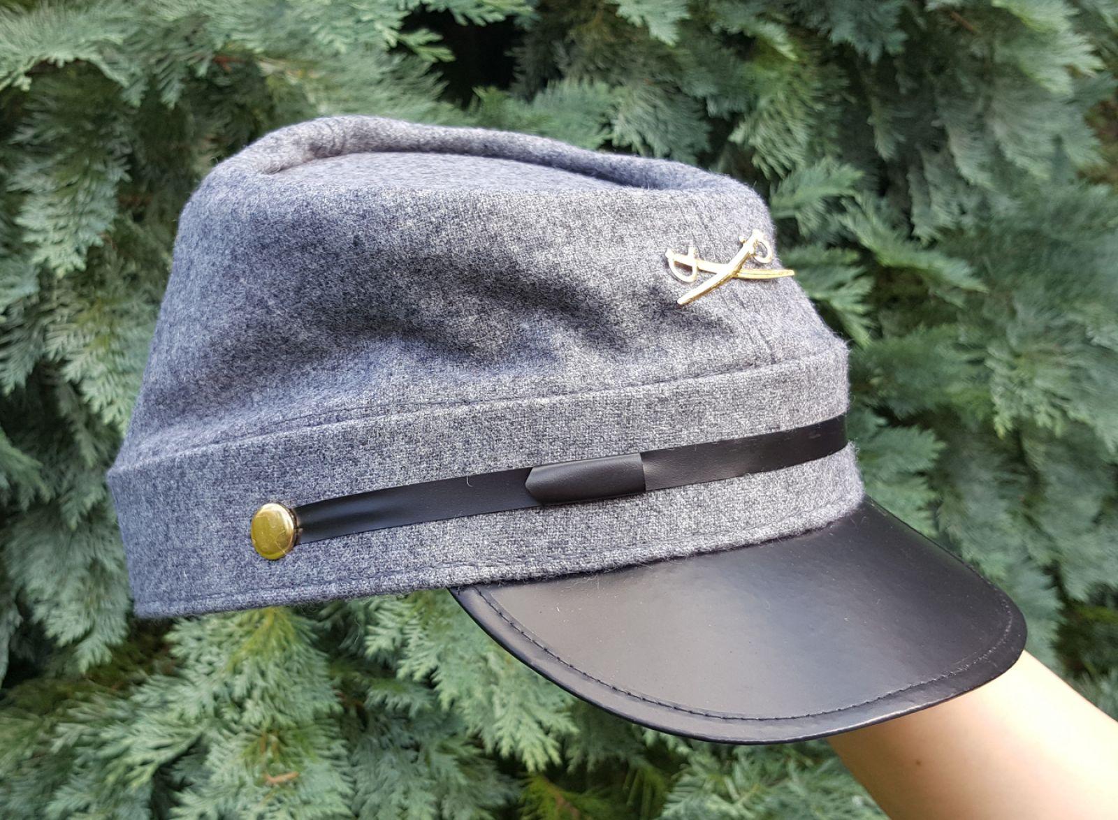 KONFEDERACE - Vojenská čepice s odznakem  78700de728