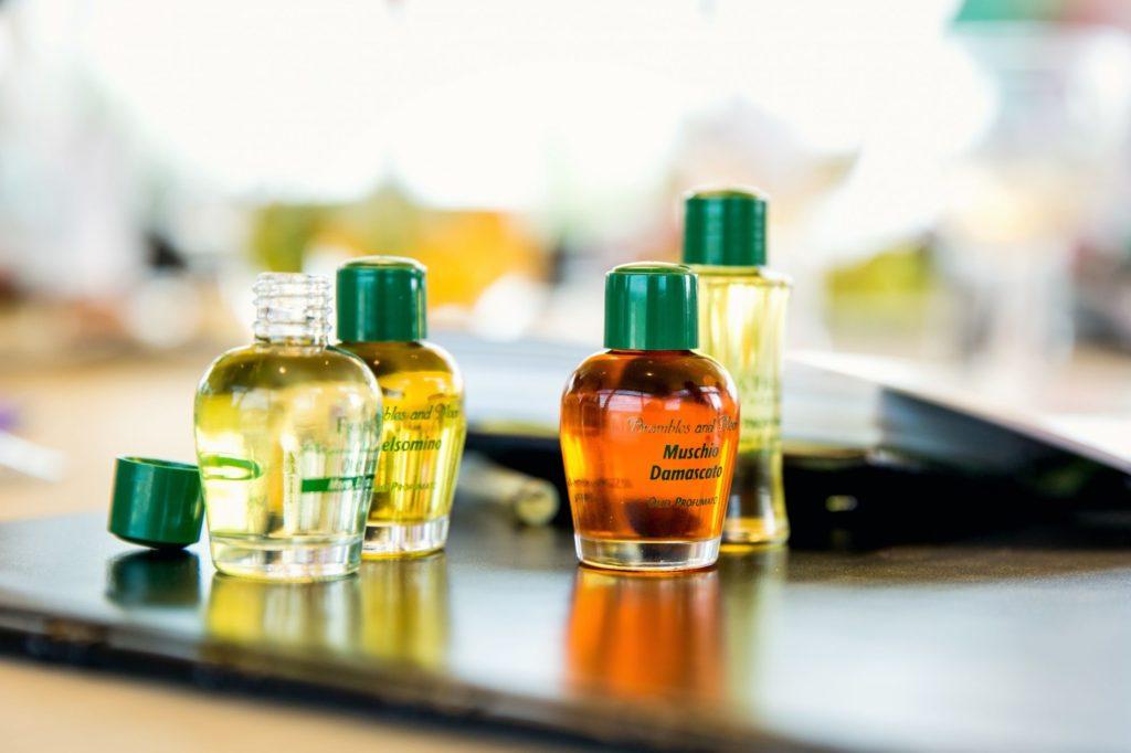 Parfémované oleje Frais Monde