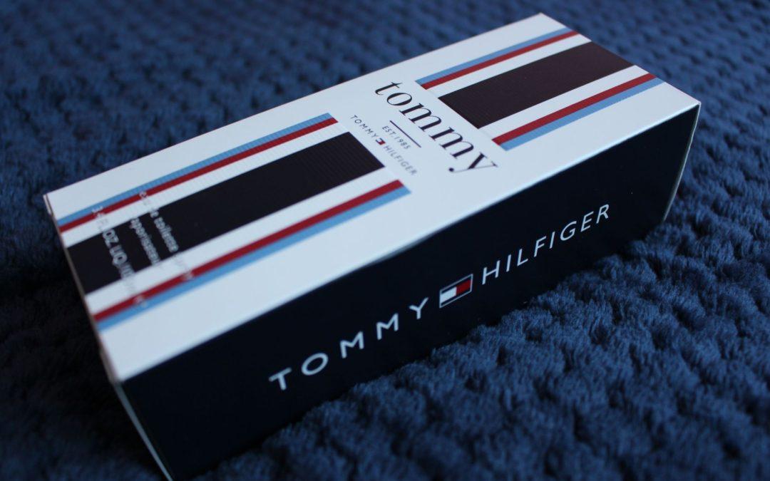 Tommy, Tommy Hilfiger – protřepat a nastříkat