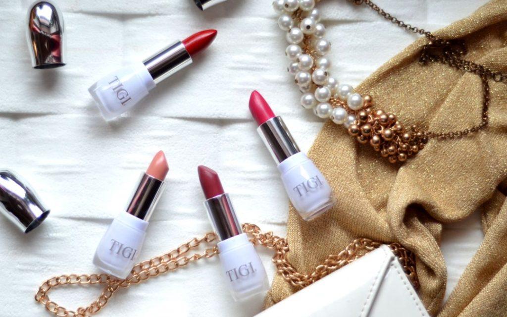 Rúže na pery Tigi Decadent Lipstick