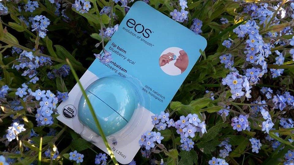 EOS balzamy - príchuť Blueberry Acai