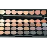 Makeup Revolution London Ultra 32 Shade Affirmation Palette očné tiene
