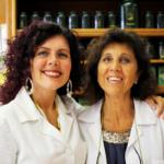 matka sdcérou Alessandra a Loredana (vpravo)