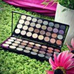 Paletka Makeup Revolution London Ultra 32 Shade Affirmation Palette