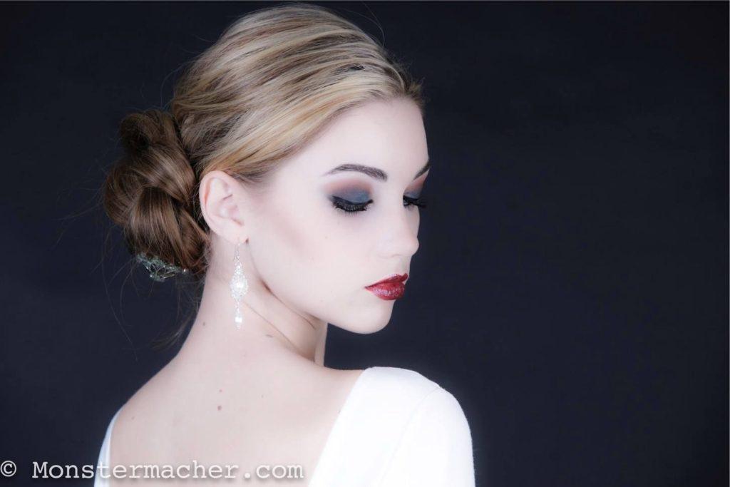 Líčenie Elnino.sk zvané Unapproachable alebo Nedostupná; Foto: Michael Müller - Monstermacher.com; Model: Melinda London; Make-Up & Hairstyling: Lucia Maria DeDea, zdroj: http://bit.ly/1wvELUo