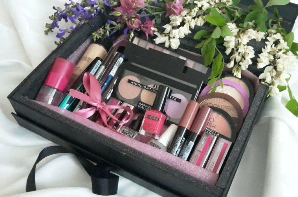 Box plný kozmetiky Gabriella Salvete