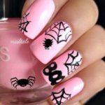 pavučiny a pavúky, zdroj: Nailtale