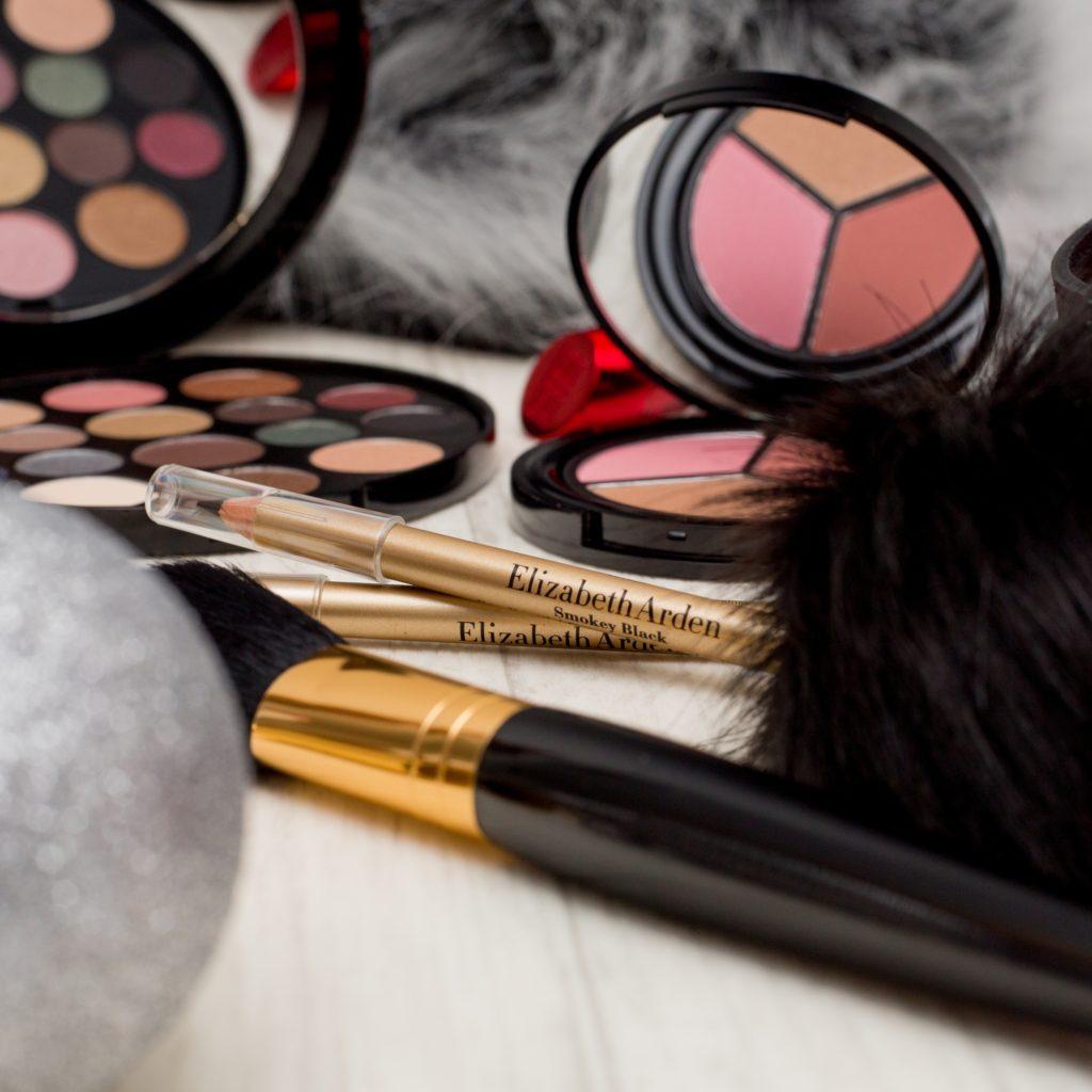 Dekoratívna kozmetika Elizabeth Arden