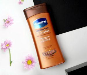 Telové mlieko Vaseline Intensive Care Cocoa Radiant