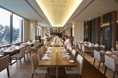 Nhà hàng La Brasserie sang trọng tại Hà Nội