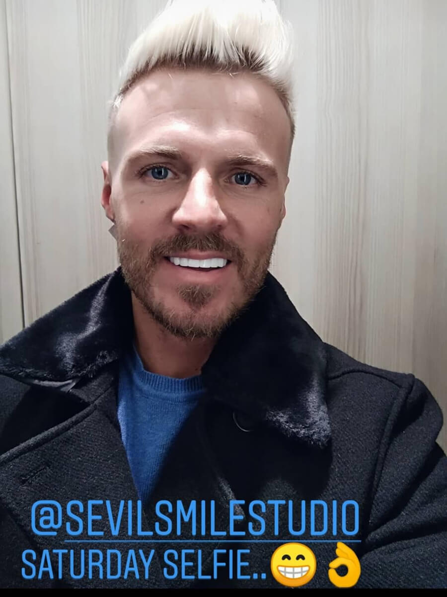 -, social media: https://www.instagram.com/sevilsmilestudio/