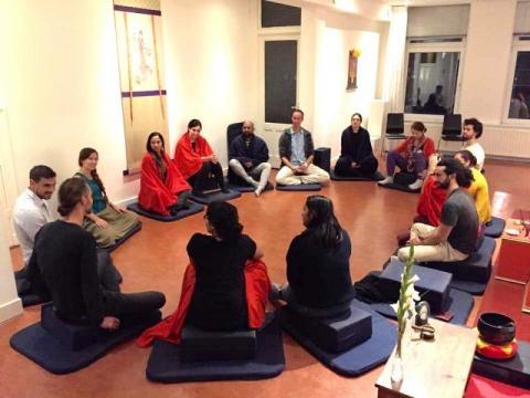 Arnhem/social_meditation_circle.jpg