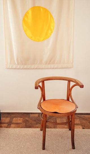 Leiden/empty_chair.jpeg