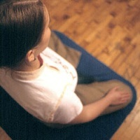people/meditators/meditator-above-200x200.jpg