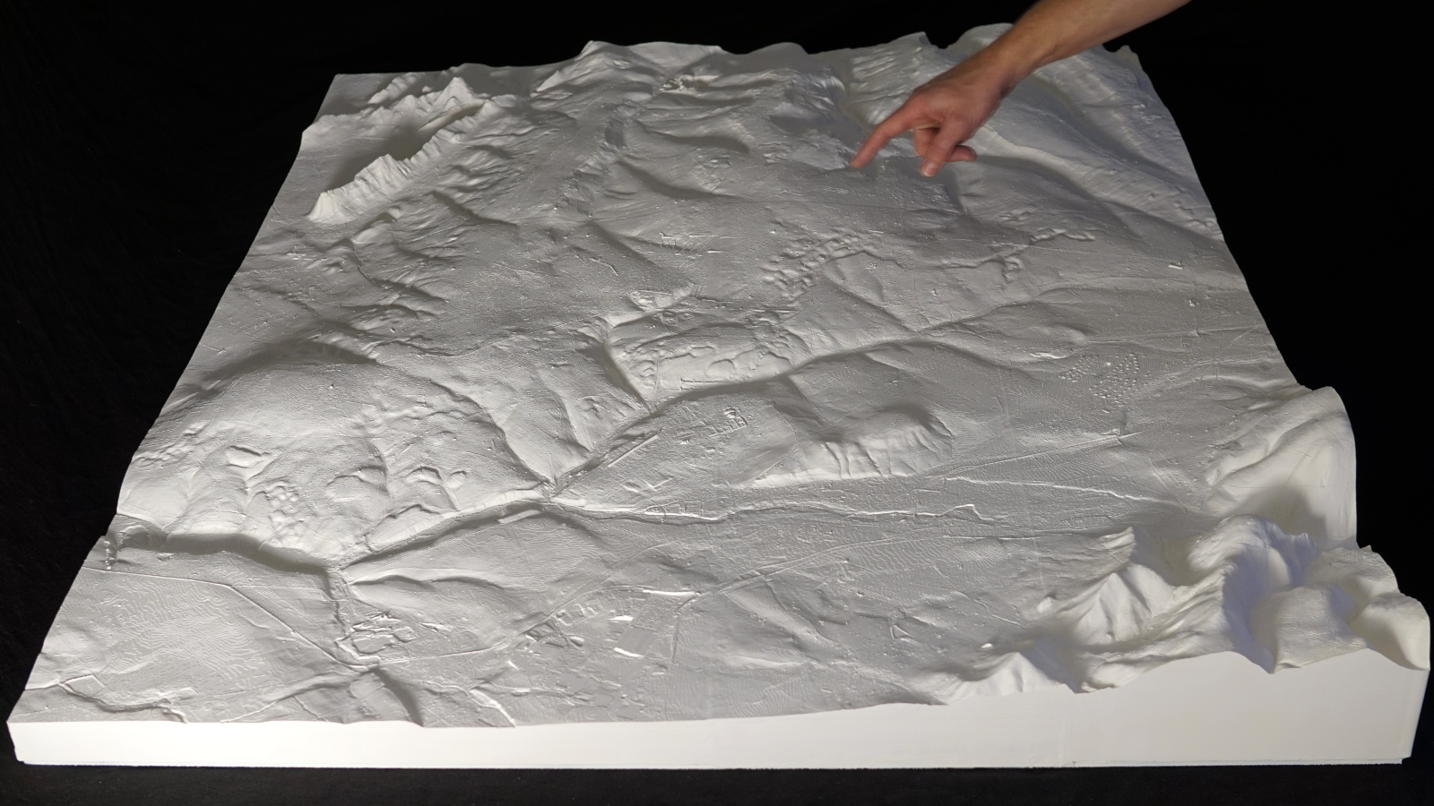 Robust touchable terrain map based on DTM-2m