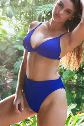 d047c34d1c366 Women's Swimwear   Bikinis & One Piece Suits   Garage