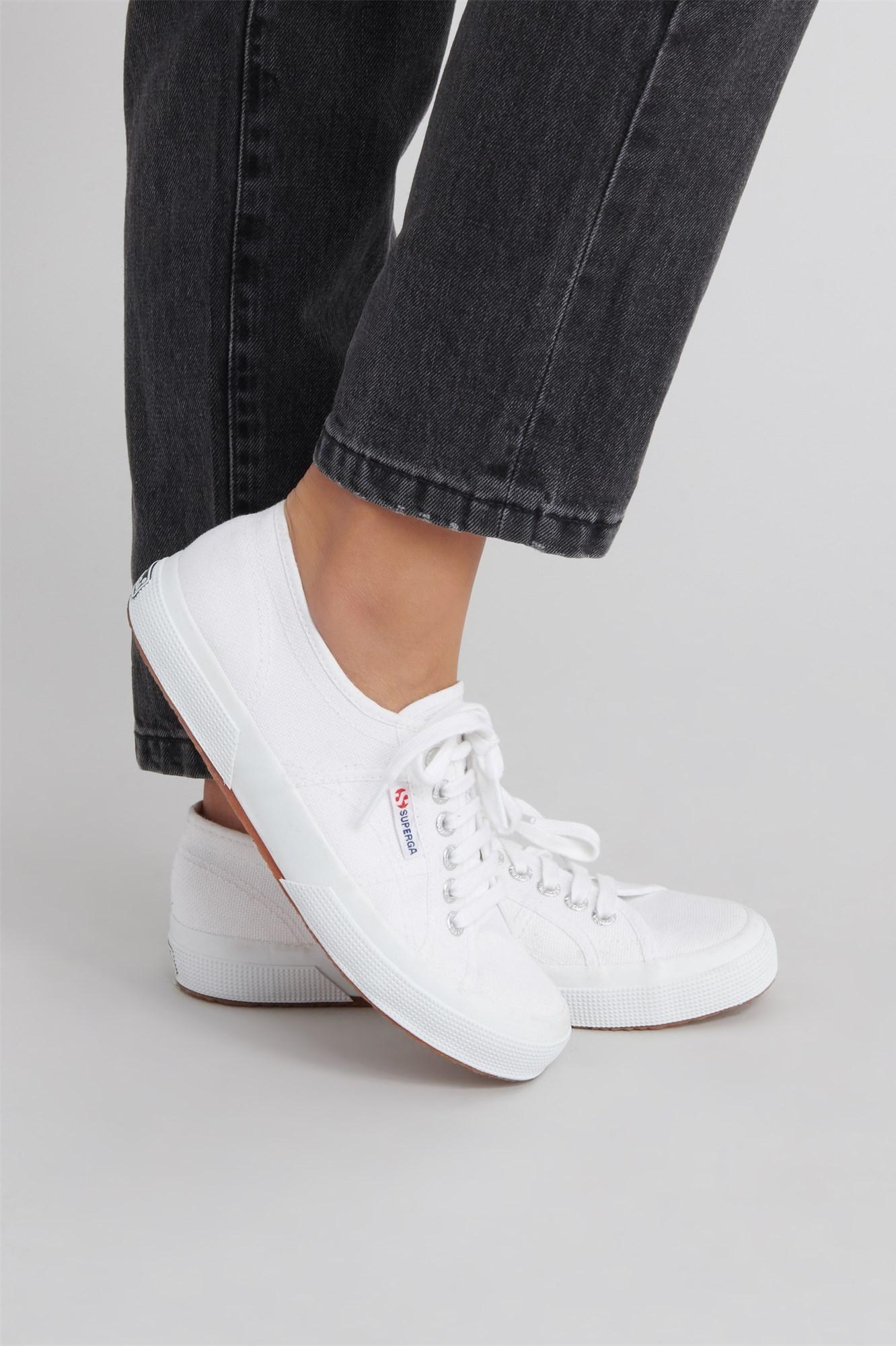 size 40 b10e6 2a8b5 Superga 2750 Cotu Classic Sneakers