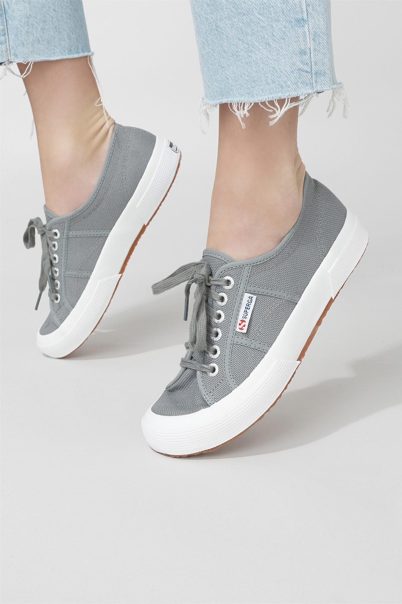 size 40 9643e 4ca21 Superga 2750 Cotu Classic Sneakers