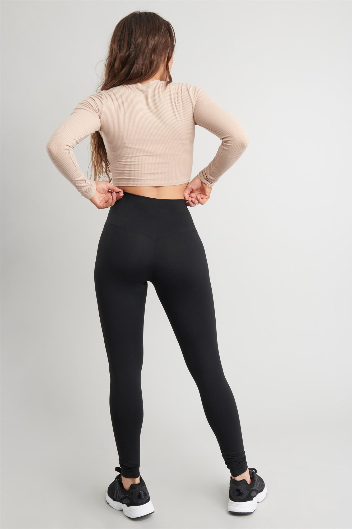 Image 4 of Ultra-High Rise Twist Waist Active Legging
