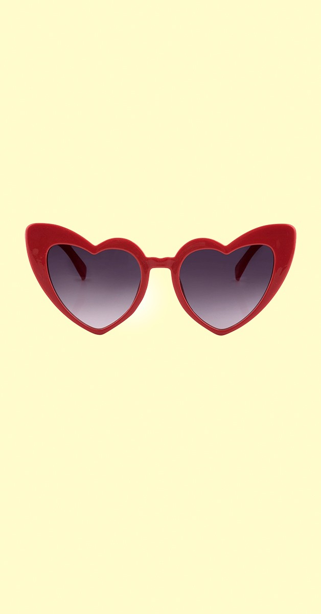 Vintage 50er Accessoires - Love is the air Sonnenbrille Herzform Rot