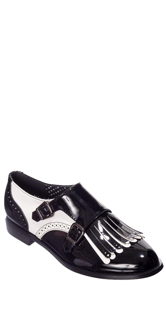 Vintage Style Shoe - Black/White
