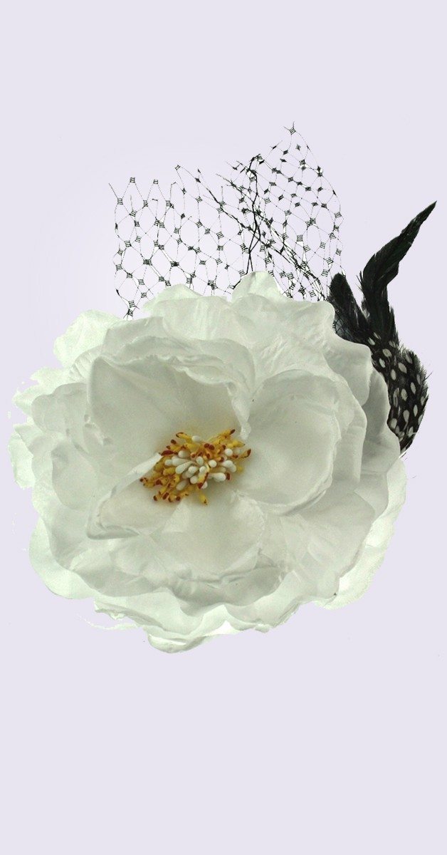 Vintage Accessories - Pin Up Hair Clip Buttercup  - White