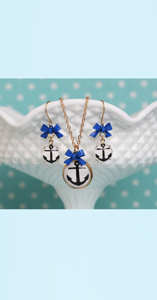 Vintage Jewelry Set Anchor – Necklace And Earrings - White/Blue