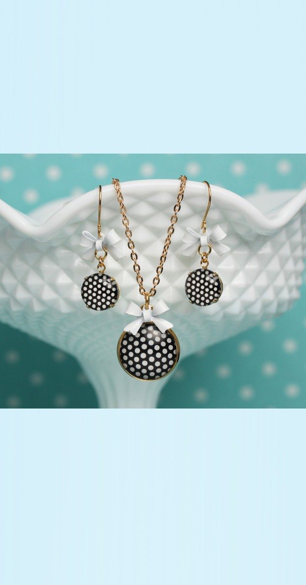 Vintage Jewelry Set Polka Dot – Necklace And Earrings - Black/White